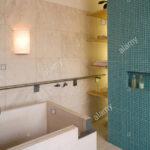 Moderne Küchenfliesen Wand Wohnzimmer Moderne Küchenfliesen Wand Freistehende Badewanne Im Modernen Badezimmer Mit Blauen Fliesen Modernes Sofa Bett Bad Wandleuchte Glastrennwand Dusche Bilder