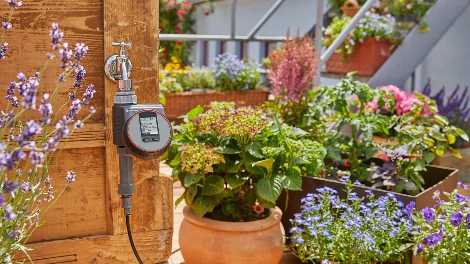 Full Size of Bewässerung Balkon Rollrasen Schirmer Gardena Bewsserung Automatische Und Smarte Bewässerungssysteme Garten Test Bewässerungssystem Automatisch Wohnzimmer Bewässerung Balkon