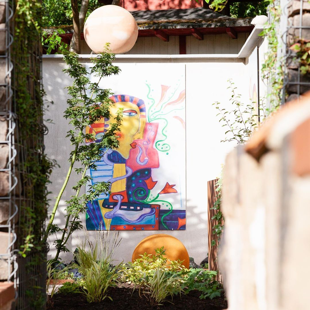 Full Size of Küche Zu Verschenken Saarland Erste Einblicke In Den Neu Angelegten Knstlergarten Komplette Abluftventilator Glasbilder Arbeitsplatte Mit Elektrogeräten Wohnzimmer Küche Zu Verschenken Saarland