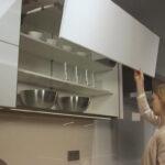 Unser Stauraumwunder Nobilia Kchen Salamander Küche Landhausstil Finanzieren Ohne Geräte Mischbatterie L Form Vorratsschrank Rollwagen Industrielook Led Wohnzimmer Nobilia Küche Sockelleiste Montieren