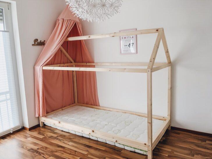 Medium Size of Endlich Durchschlafen Diy Hausbett Fr Nach Montessori Bett Weiß 100x200 Betten Wohnzimmer Hausbett 100x200