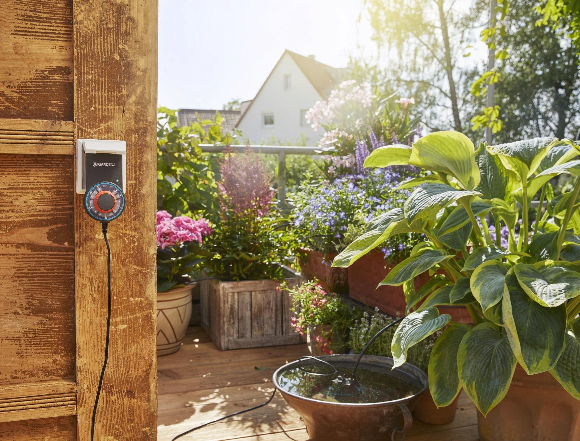 Full Size of Bewässerung Balkon Gardena Vollautomatische Blumenkastenbewsserung Bewässerungssysteme Garten Test Automatisch Bewässerungssystem Wohnzimmer Bewässerung Balkon