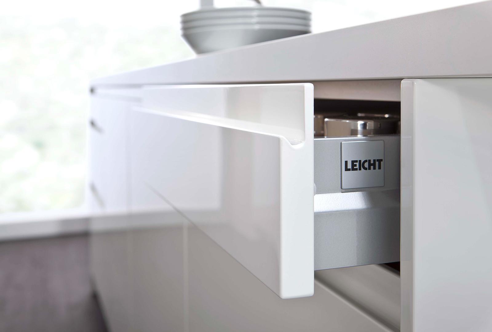Full Size of Grifflose Kche Hcker Mit Insel Brigitte Erfahrungen Mllsystem Müllsystem Küche Wohnzimmer Häcker Müllsystem