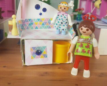 Playmobil Kinderzimmer Junge 6556 Wohnzimmer Playmobil Kinderzimmer Junge 6556 Luxusvilla Babyzimmer Playmospezial Regal Weiß Regale Sofa