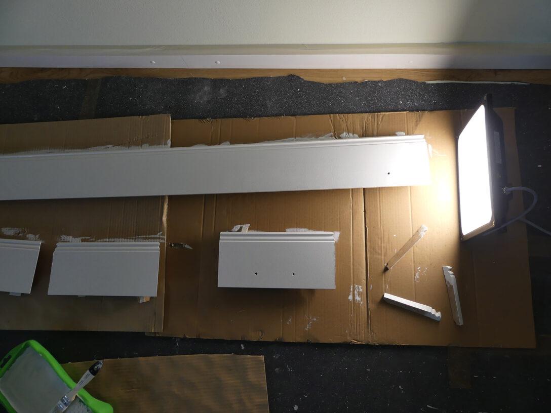 Large Size of Schritt 9 Der Sockel The Ikea Billy Project Tagesdecke Bett Wohnzimmer Deckenleuchten Küche Schwimmbecken Garten Deckenlampe Schlafzimmer Decke Im Bad Wohnzimmer Ikea Sockelleiste Ecke