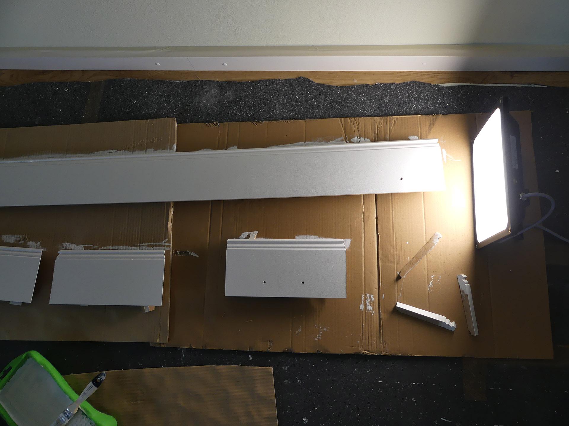 Full Size of Schritt 9 Der Sockel The Ikea Billy Project Tagesdecke Bett Wohnzimmer Deckenleuchten Küche Schwimmbecken Garten Deckenlampe Schlafzimmer Decke Im Bad Wohnzimmer Ikea Sockelleiste Ecke